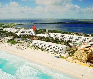 Grand Oasis Cancún Resort