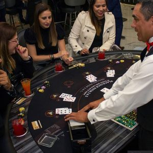 Crupier casino Big Bola