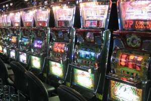 Máquinas tragamonedas salones juego